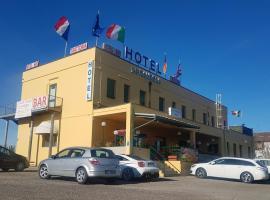Hotel la candela, hotel in Imola