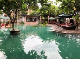Yeak Loam Hotel, hotel in Banlung