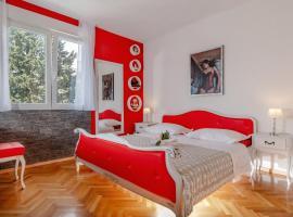 Apartment Antonio, resort in Split