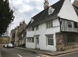 6 St Peter's Hill, accommodation in Stamford