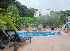 Villa Magnolia, hotel in Mataró