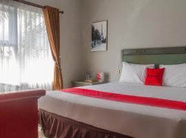 RedDoorz Plus @ Otista Garut, hotel di Garut