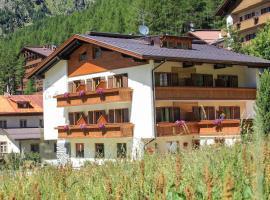 Garni des Alpes, hotel poblíž významného místa Golf Club Bormio, Solda