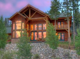 Timber Heights Lodge, villa in Breckenridge