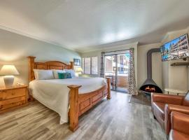 Updated Studio Right Off Lake Tahoe Condo, apartment in South Lake Tahoe
