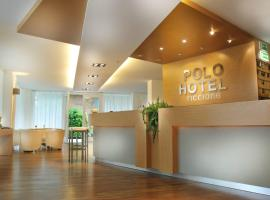 Polo Younique Hotel, hotel a Riccione