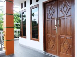 Rumah 3 Kamar Full AC Nyaman Utara Kampus, pet-friendly hotel in Yogyakarta