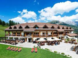 Hotel Cendevaves, hotel a Santa Cristina in Val Gardena