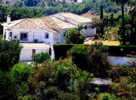Villa Magica, hotell i Benalmádena