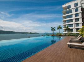 BevHomesuite@Pelagos Designer Suites (Oceanus Waterfront), hotel with pools in Kota Kinabalu