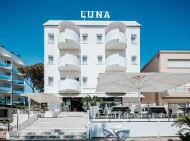 Hotel Luna, hotell i Lignano Sabbiadoro