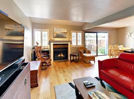 772 Heath Cv Townhouse, vacation rental in Santa Cruz