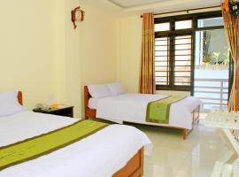 Champa Hue Hotel, hotel in Hue