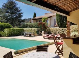 Villa Montagnette et Spa, hotel near Saint Michel de Frigolet Abbey, Graveson