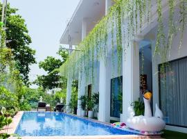 Avon Hotel, hotel in Hue