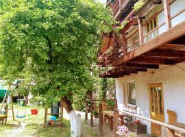 Pensjonacik Gafel – hotel w mieście Ruciane-Nida