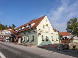 Pension KA.PR, hotel in Hluboká nad Vltavou