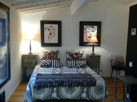 le dit vin secret, B&B in Aigues-Mortes