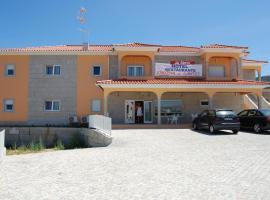 Hotel Encostas De Nantes, hotel em Chaves