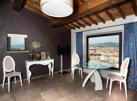 QK Costa58 Home Tower, apartment in Florence