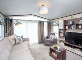 Pemberton Lodge, hotel in Forfar