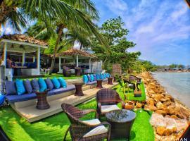 La Casa Tropicana by Cospace, hotel near Baan Tai Beach, Ban Tai