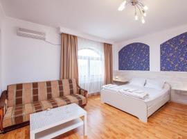 Гостевой дом Семья, отель типа «постель и завтрак» в Краснодаре