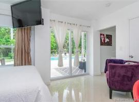 Studio Miami, guest house in Miami