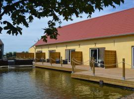 B&B 't Koolhof, beach hotel in Nieuwpoort
