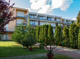 Aart Apartman, hotel Csopakon