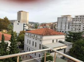 Center Apartment, hotel near Independence Square, Vlorë