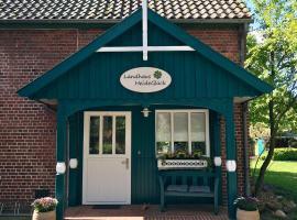 Landhaus HeideGlück, Ferienwohnung in Schneverdingen