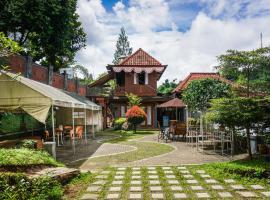 Bantal Guling Villa, hotel in Lembang
