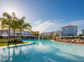 Cortijo Del Mar Resort Official, lägenhet i Estepona