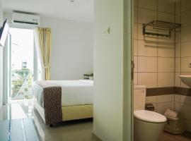 Aruuman Hotel Simpanglima Semarang, hotel near Semawis Market, Semarang