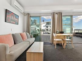 Waterfront Studio Apartment Auckland Viaduct, apartment in Auckland