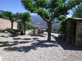 L'Albadu, farm stay in Corte