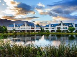 Valley Golf Lodges on Pearl Valley Golf Estate, hotel in Paarl
