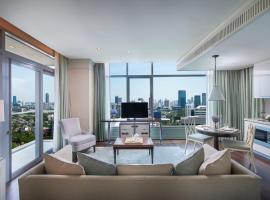 Oriental Residence Bangkok - SHA Certified, hotel in zona Soi Arab, Bangkok