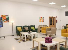 Centro Cristo Rey, guest house in Torrox Costa