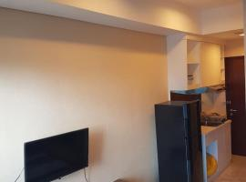 Capitol Park Residence salemba-cozy room, apartment in Jakarta