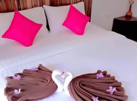 Baan Chan Kaew, hotel near Loi Lay Floating Party, Baan Tai, Ban Tai