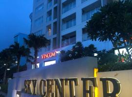Sky Center - Tan Son Nhat Airport Homestay, hotel near Tan Son Nhat International Airport - SGN, Ho Chi Minh City
