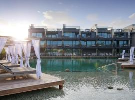 Quellenhof Luxury Resort Lazise, hotel near Acqua Paradise, Lazise