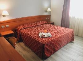 Hotel Alla Croce, hotel near Noventa di Piave Designer Outlet, Negrisia