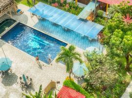 Hotel Puerto Ballesta, hotel em Tonsupa