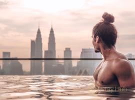 Regalia Residence The Sky Pool Suite, hotel in Kuala Lumpur