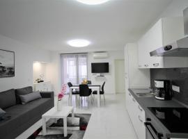 Arbel Apartments, luxury hotel in Poreč