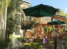 Hotel Ladakh Greens, hotel in Leh