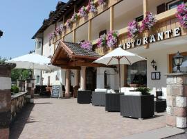 Hotel Rosalpina, hotel in Soraga